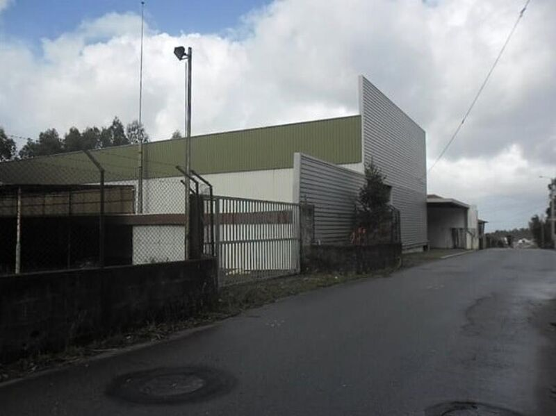 Warehouse with 1100sqm Escariz Arouca - toilet