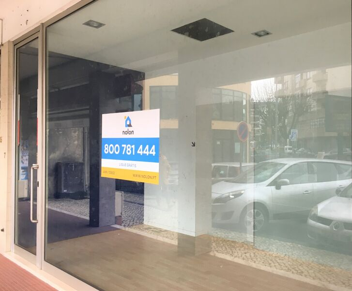 Shop in the center Vale de Cambra