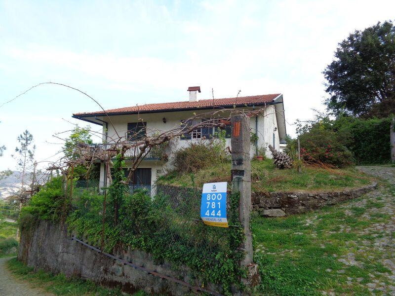 Moradia V3 Isolada São Pedro de Castelões Vale de Cambra