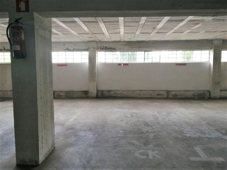 Parking space with 12sqm Vale de Cambra