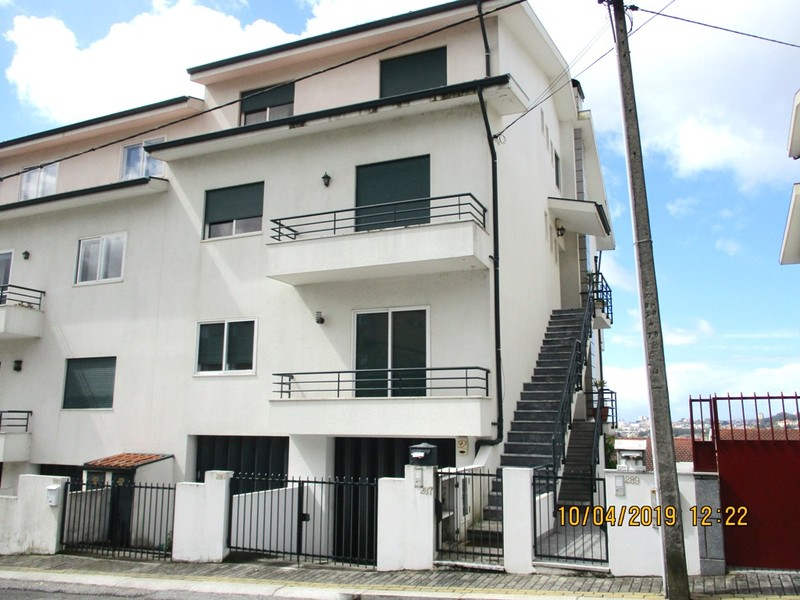 Apartment T1 Rio Tinto Gondomar - 1st floor, terrace, garage