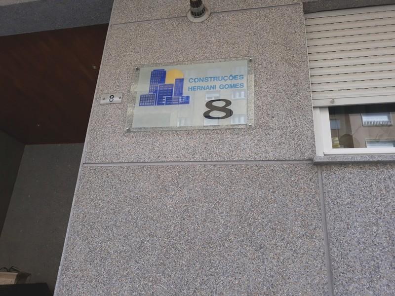Apartamento T3 Bragança Sé - garagem