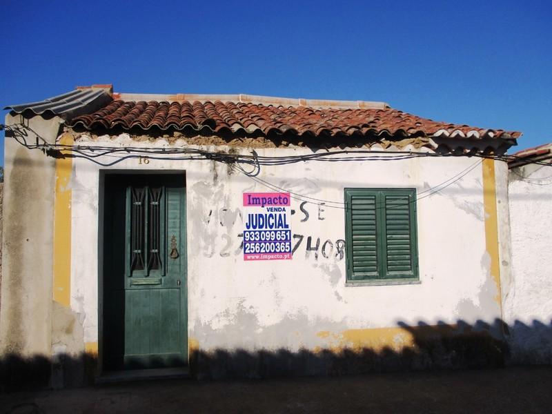 Moradia V3 Vila de Frades Vidigueira - quintal