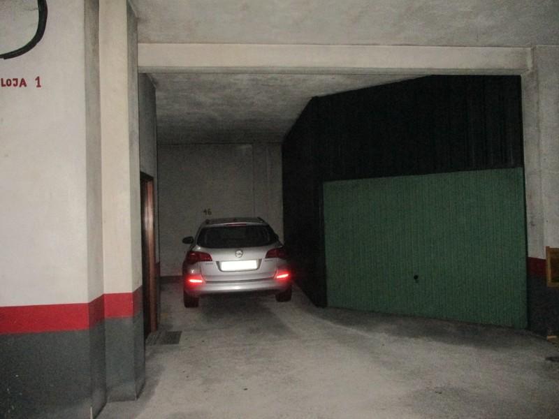 Garagens com 15m2 São Martinho (Bougado) Trofa