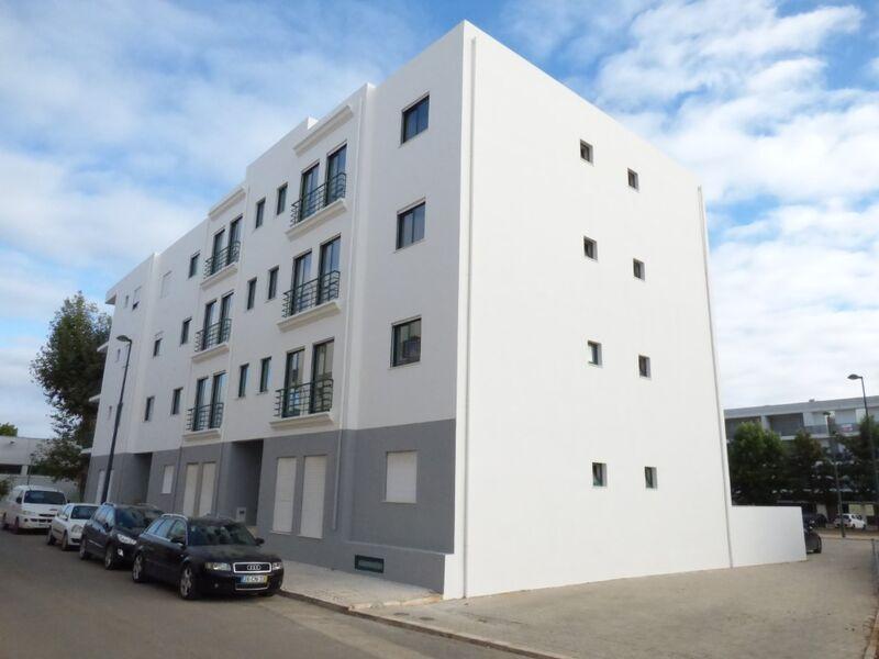 Apartamento T2+1 Moderno Centro Silves - terraço, ar condicionado, lugar de garagem