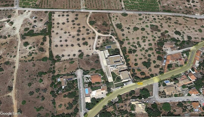 Plot for construction Silves - nice location