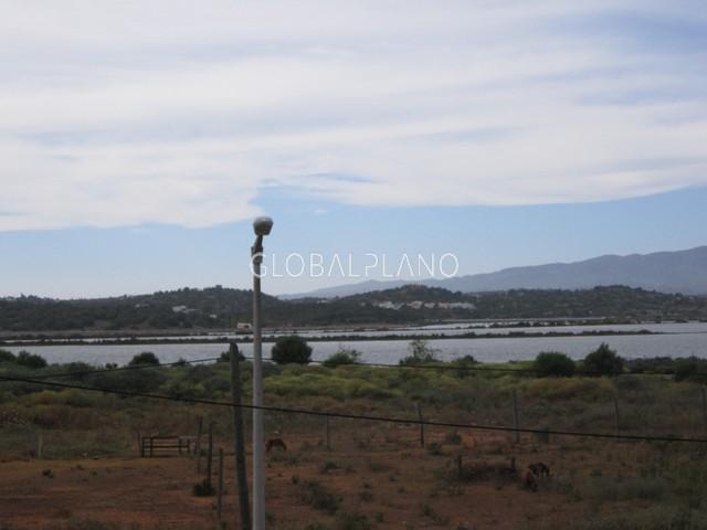 Quinta bem localizada V3 Mexilhoeira Carregação Estômbar Lagoa (Algarve) - vista rio