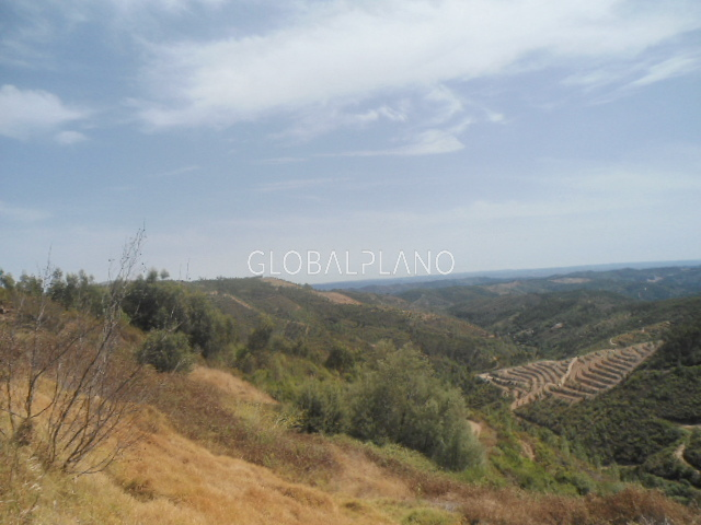 Land Rustic with 12920sqm Alferce, Monchique - water, water hole