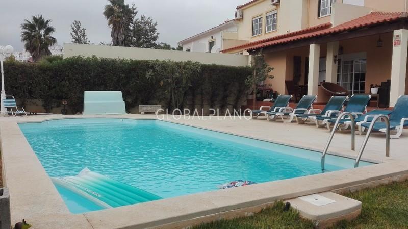 Moradia bem localizada V4 Belavista Parchal Lagoa (Algarve) - piscina, arrecadação, garagem, jardim, terraço, cozinha equipada