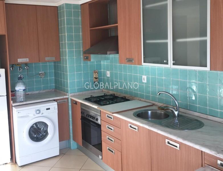 апартаменты T1 в отличном состоянии Urb. da Raminha Portimão - экипированная кухня, веранда