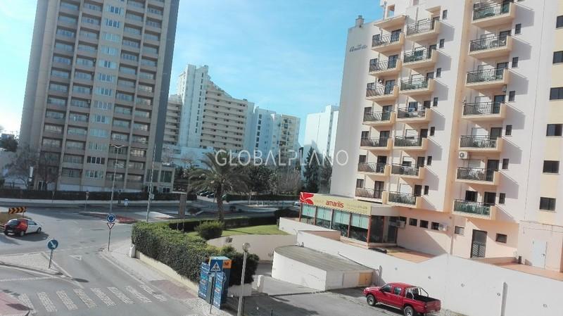 Apartamento T0 Praia da Rocha Portimão - piscina, terraço