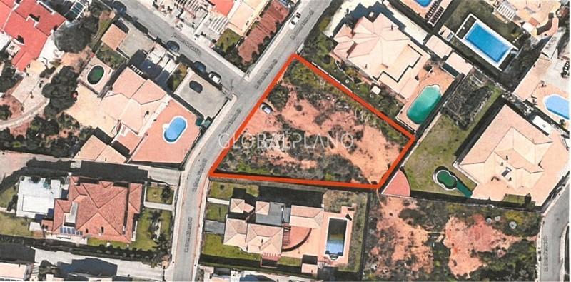 Lote de terreno com 1131m2 Bela Vista Parchal Lagoa (Algarve) - viabilidade de construção