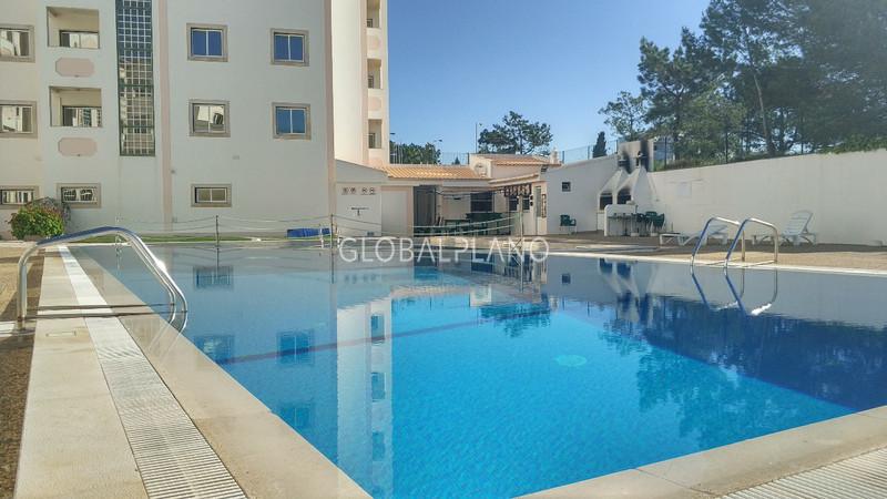 Apartamento T0 Praia do Vau Portimão - condomínio fechado, varanda, piscina