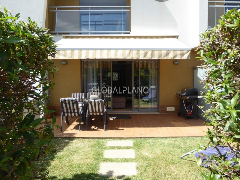 Moradia em banda V2+1 Vale Serves Albufeira - muita luz natural, lareira, condomínio privado, piscina, jardim