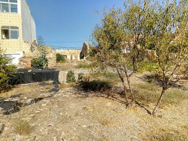 Lote de terreno com 546m2 Calvário Estômbar Lagoa (Algarve) - bons acessos, viabilidade de construção