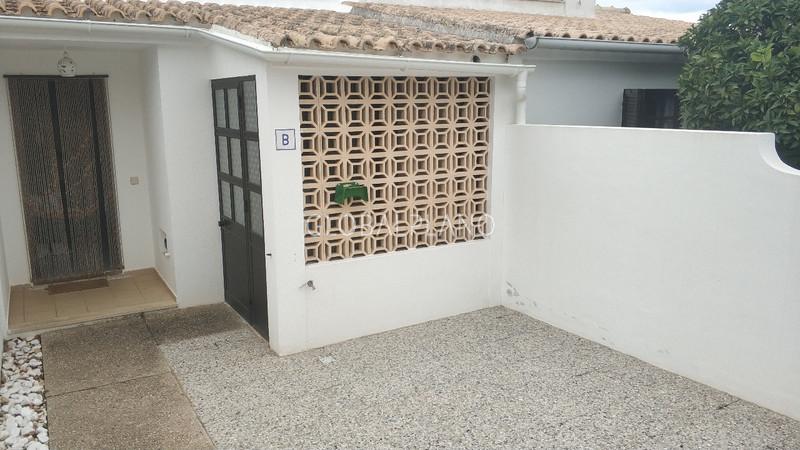 Moradia V0+1 Vale da Azinheira Albufeira - piscina, condomínio fechado, varanda, lareira