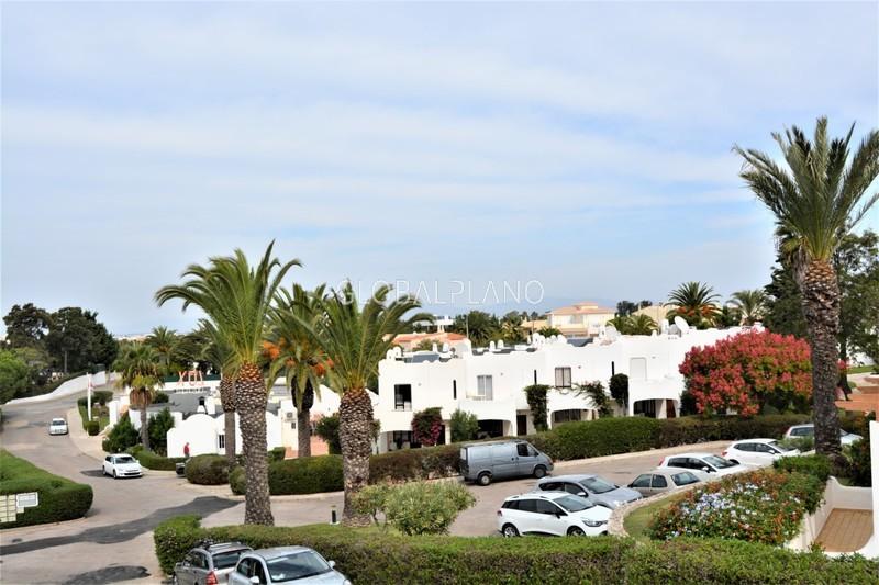 Apartamento T1 Ferragudo Lagoa (Algarve) - cozinha equipada, vista mar, varanda, condomínio privado