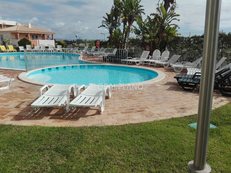 Apartment well located T1 Areias de S. João Albufeira - gated community, swimming pool, ground-floor, garden
