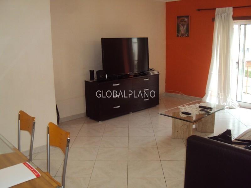 Apartamento T3 bem localizado Portimão - arrecadação, varanda