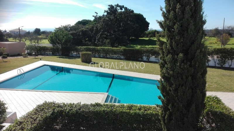 Moradia Remodelada V2 Srª Rocha Porches Lagoa (Algarve) - terraço, jardins, piscina, vista mar