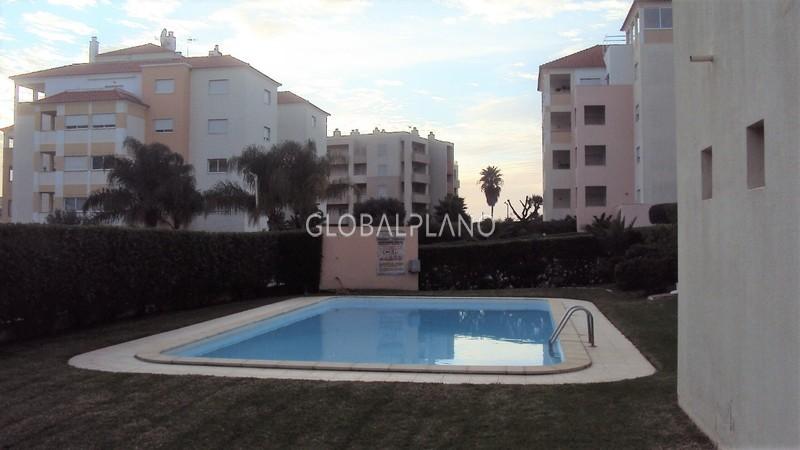 Apartamento T3 Praia da Rocha Portimão - arrecadação, condomínio fechado, ar condicionado, jardim, varanda, piscina, garagem