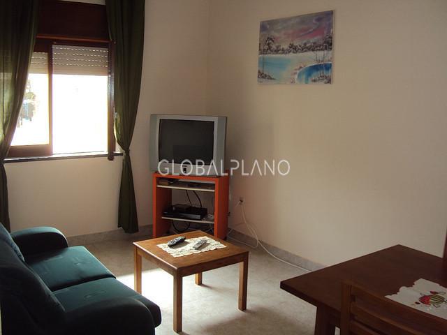 Apartamento Remodelado T2 Bairro Pontal Portimão - equipado, ar condicionado, varandas, mobilado, cozinha equipada