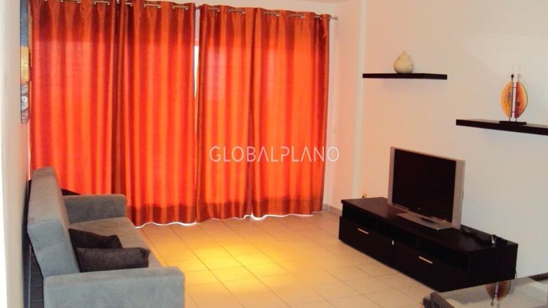 Apartamento T2 com boas áreas Encosta da Marina/ P. Rocha Portimão - cozinha equipada, equipado, garagem, mobilado, varanda