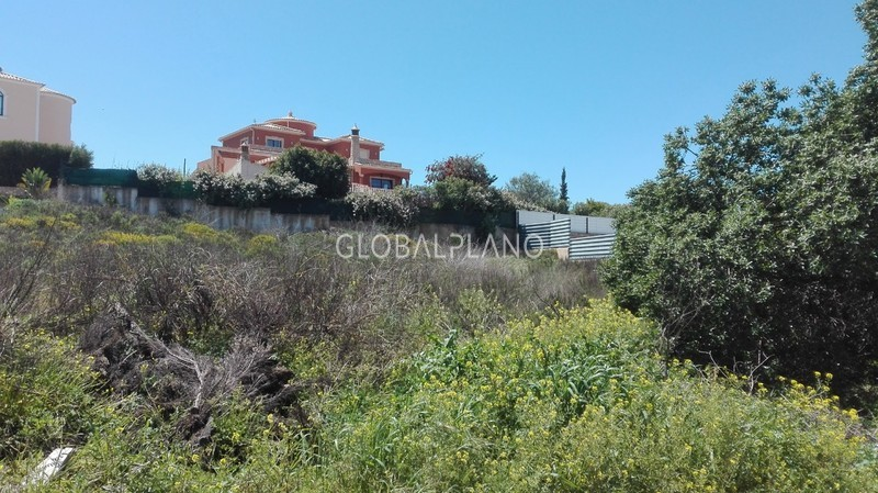 Plot with 259.20sqm Parchal/Lagoa Lagoa (Algarve) - construction viability