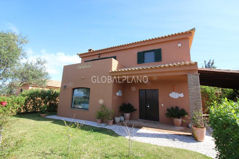 Moradia Isolada V3 Algoz Silves - varanda, jardim, piscina, ar condicionado, lareira, aquecimento central, terraço, bonita vista