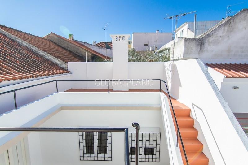 Moradia V4 Remodelada no centro Centro de Portimão - arrecadação, equipado, terraço