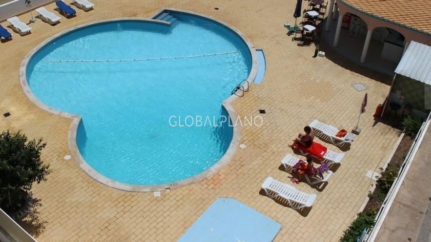 Apartamento T2 Mar e Serra/ Alvor Portimão - piscina, varanda, cozinha equipada