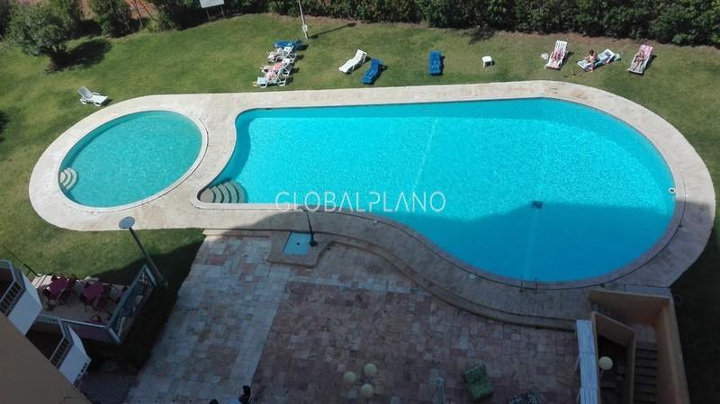 Apartamento Remodelado T1 Praia da Rocha Portimão - equipado, varandas, piscina, mobilado