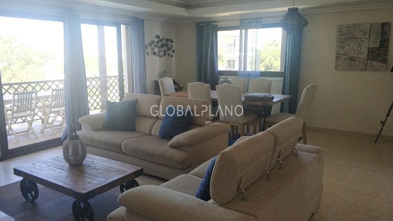 Apartamento T1+1 Duplex Falésia Albufeira - cozinha equipada, garagem, piscina, condomínio privado, bbq, terraços