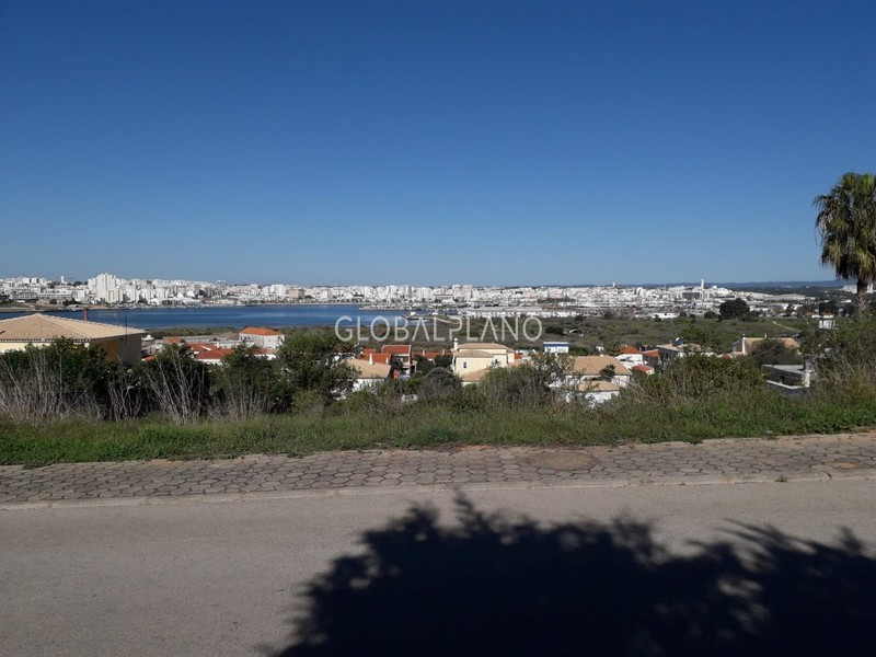 Plot with 180sqm Ferragudo Lagoa (Algarve) - construction viability, easy access