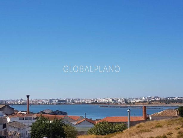 апартаменты в отличном состоянии T2 Estômbar/Parchal Lagoa (Algarve) - веранда, терраса, барбекю, экипированная кухня, завораживающие панорамы