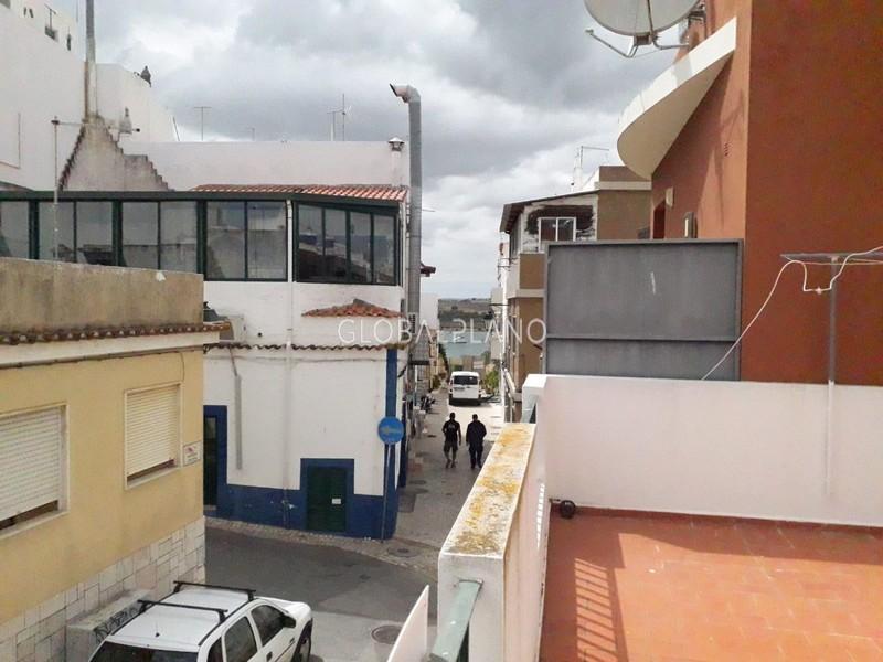 Moradia V1+1 no centro Alvor Centro Portimão - vista rio, cozinha equipada, terraço