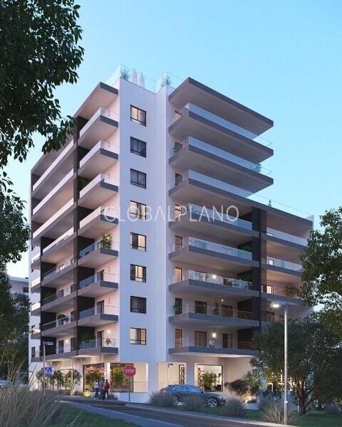 1000015461_t.sul_exterior_noite_building.jpg