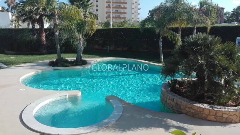 Apartamento T1 3 Castelos/Praia Rocha Portimão - jardins, piscina, mobilado, equipado, garagem, cozinha equipada, arrecadação, varanda, vista mar