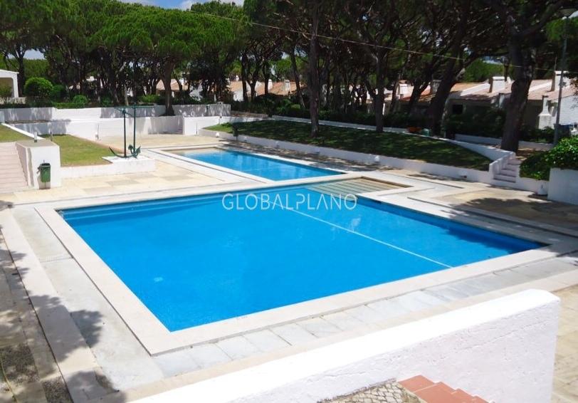 Apartamento Renovado T0+1 Falésia Albufeira - piscina, vidros duplos, jardim, bbq