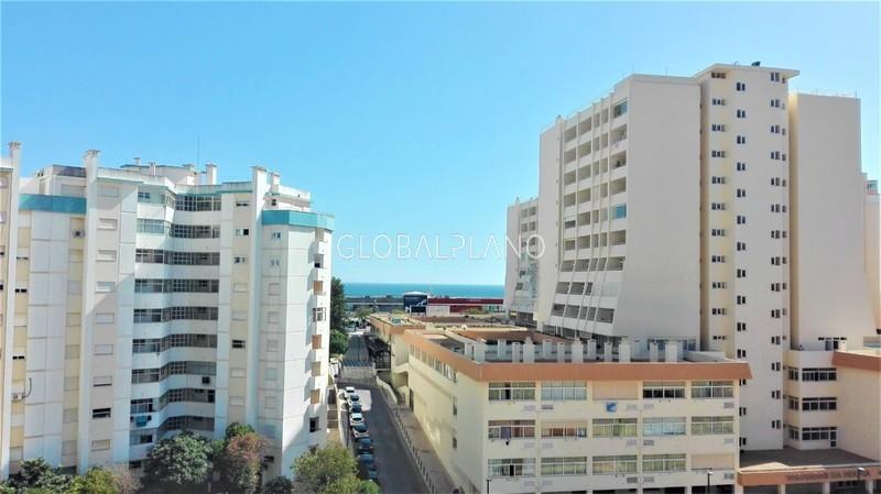 Apartamento T0 Remodelado Praia da Rocha Portimão - mobilado, ar condicionado, equipado, varanda, vista mar
