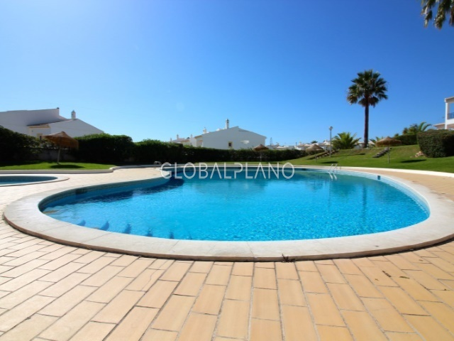 Apartamento T2+1 Forte de S. João Albufeira - piscina, excelente localização, jardim, garagem