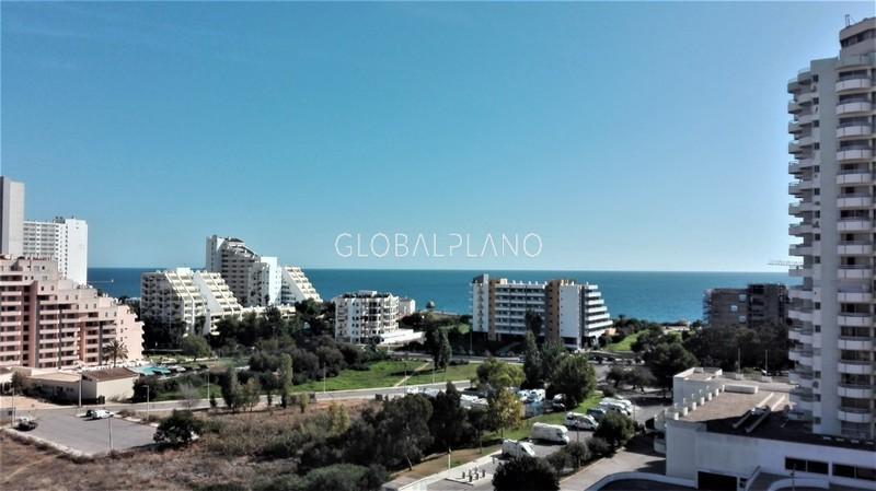 Apartamento Renovado com vista mar T1 Praia da Rocha Portimão - garagem, piscina, varanda, vista mar