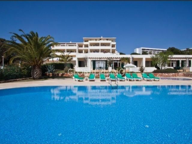 Apartment T1 Santa Eulália Albufeira - swimming pool, gardens, store room, terrace