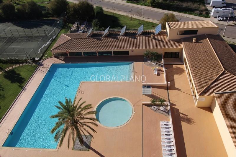 Apartamento Moderno com vista mar T3 Praia da Rocha Portimão - ténis, piscina, condomínio fechado, varanda, jardins, terraço, garagem, vista mar