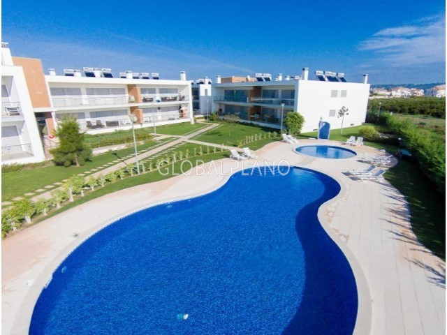 House V2 Patã Albufeira - air conditioning, garage, swimming pool, garden, excellent location, barbecue, balconies, private condominium, balcony, double glazing