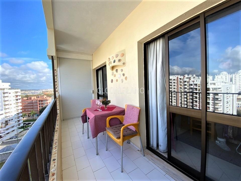 Apartamento T2 Praia da Rocha Portimão - equipado, ar condicionado, mobilado, marquise