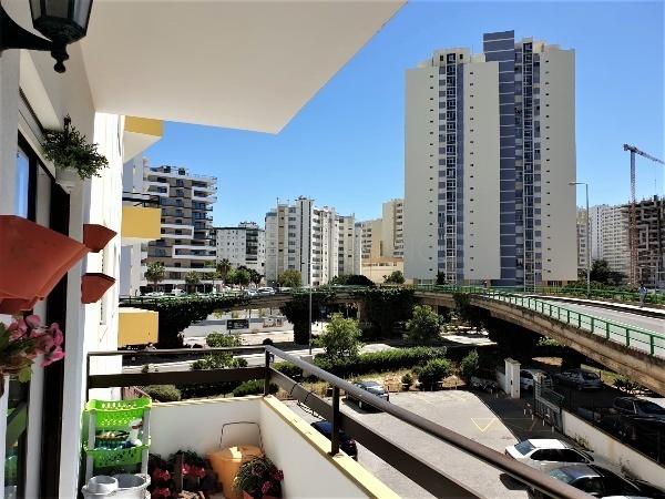 Apartamento T1 Praia da Rocha Portimão - piscina, condomínio privado, varanda
