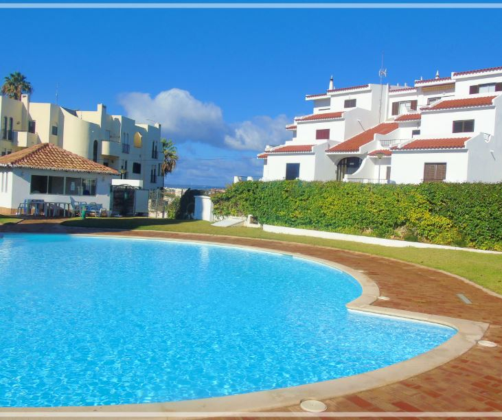Apartment T1 Quinta dos Arcos/ Alvor Portimão - gated community, swimming pool, balcony