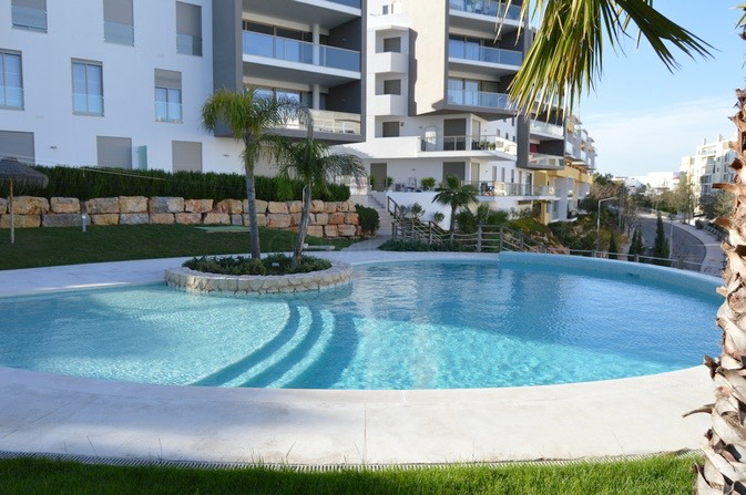 Apartment Luxury T1+1 Vila Rosa/ Portimão - terraces, swimming pool, terrace, gardens, garage, air conditioning, condominium, alarm