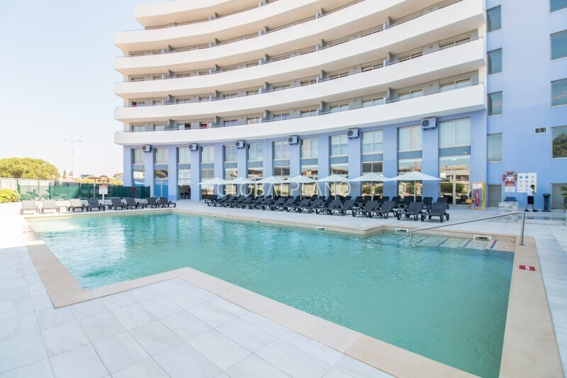 Apartment T1 Praia da Rocha Portimão - alarm, balcony, equipped, garage, air conditioning, swimming pool